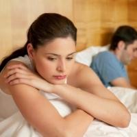 Triệu chứng & nguyên nhân gây yếu sinh lý ở Nữ giới